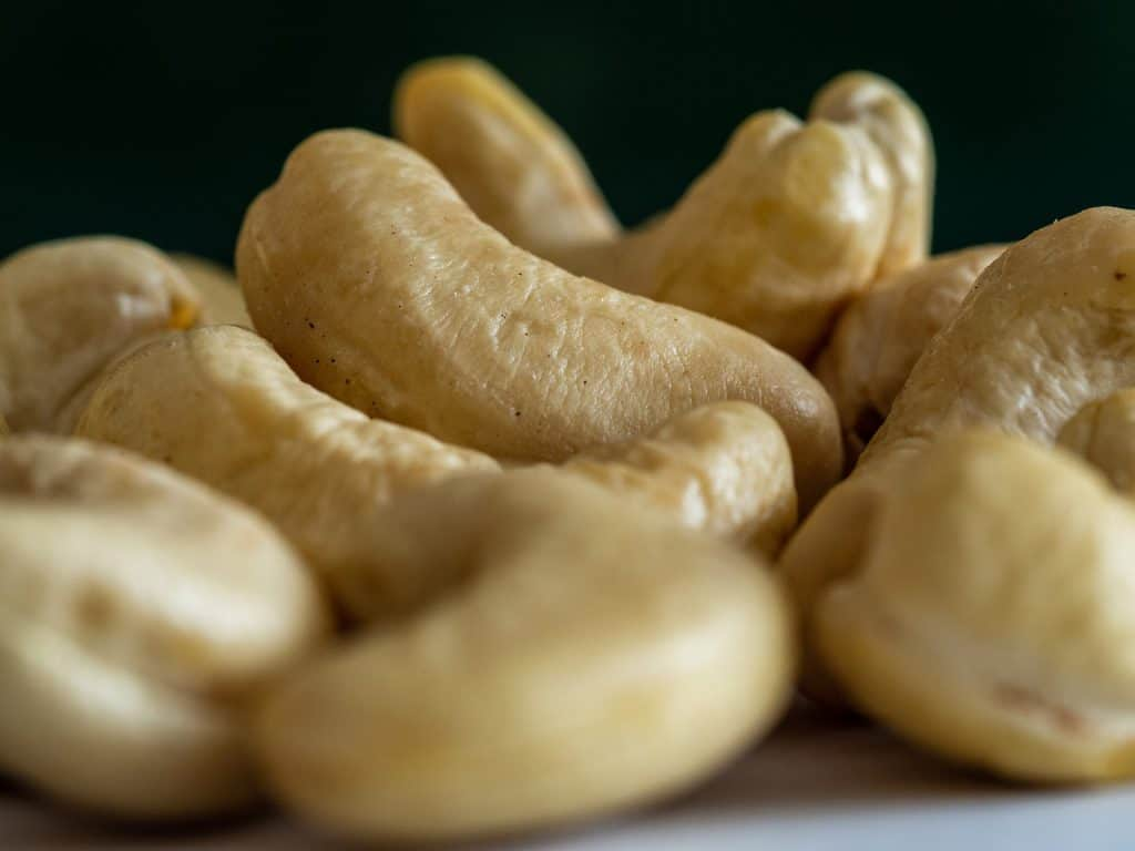 Cashew nuts shelled
